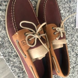 Sperrys shoes size 13 men's . Burgundy/Tan .
